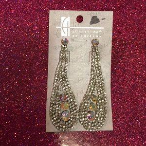 Jewelry - Elegant Rhinestone dangle post earrings